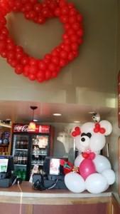 Pooof Productions balloon art
